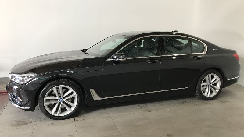 BMW SERIE 7 740EA IPERFORMANCE 326CH EXCLUSIVE - Miniature 3