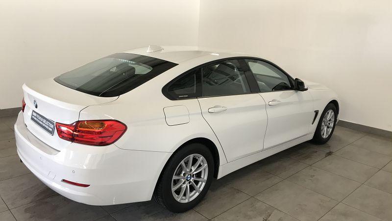 BMW SERIE 4 418DA 150CH LOUNGE - Miniature 2