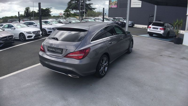 MERCEDES CLASSE CLA SHOOTING BRAKE 200 D SENSATION 7G-DCT - Miniature 2