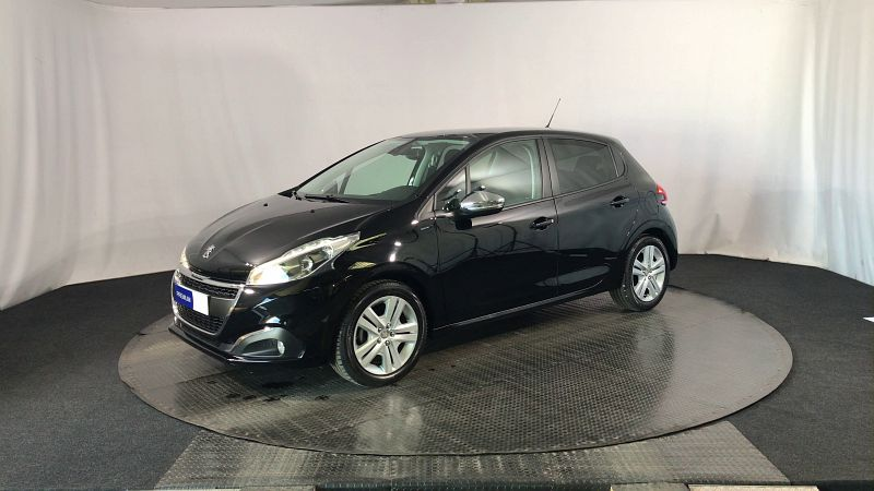PEUGEOT 208 1.2 PURETECH 82CH E6.C SIGNATURE 5P - Photo 1