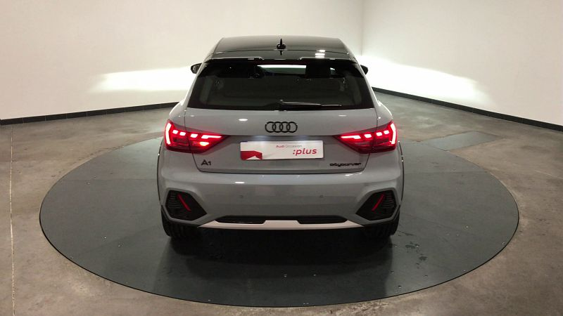 AUDI A1 30 TFSI 116CH EDITION ONE S TRONIC 7 - Miniature 4