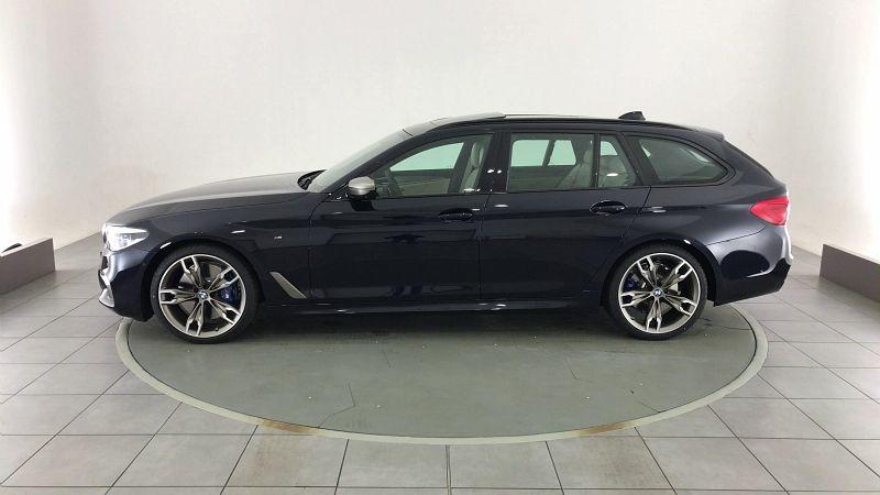 BMW SERIE 5 TOURING M550DA XDRIVE 400CH STEPTRONIC EURO66-T 166G - Miniature 3